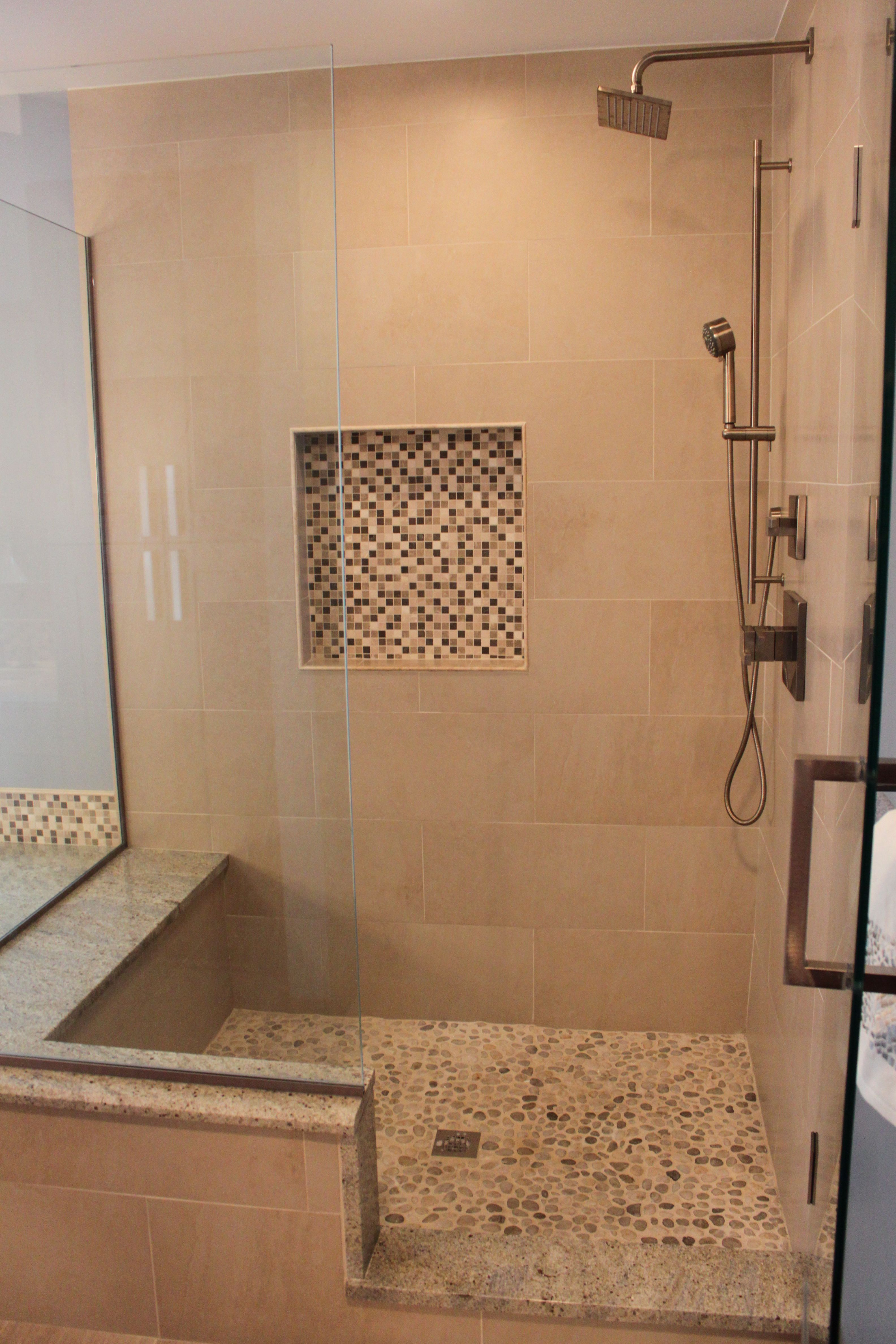 Nice Shower Without The Step In This Can Be Done Easily With A