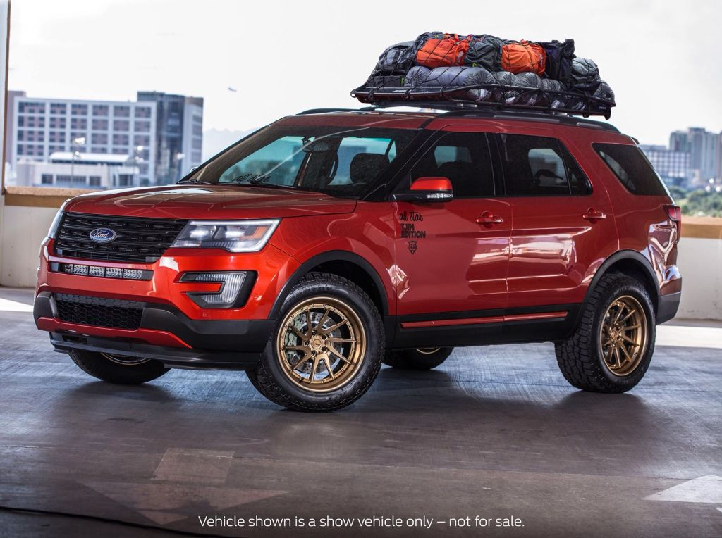 SEMA Ford Explorer in Explorer mode .. Ford explorer