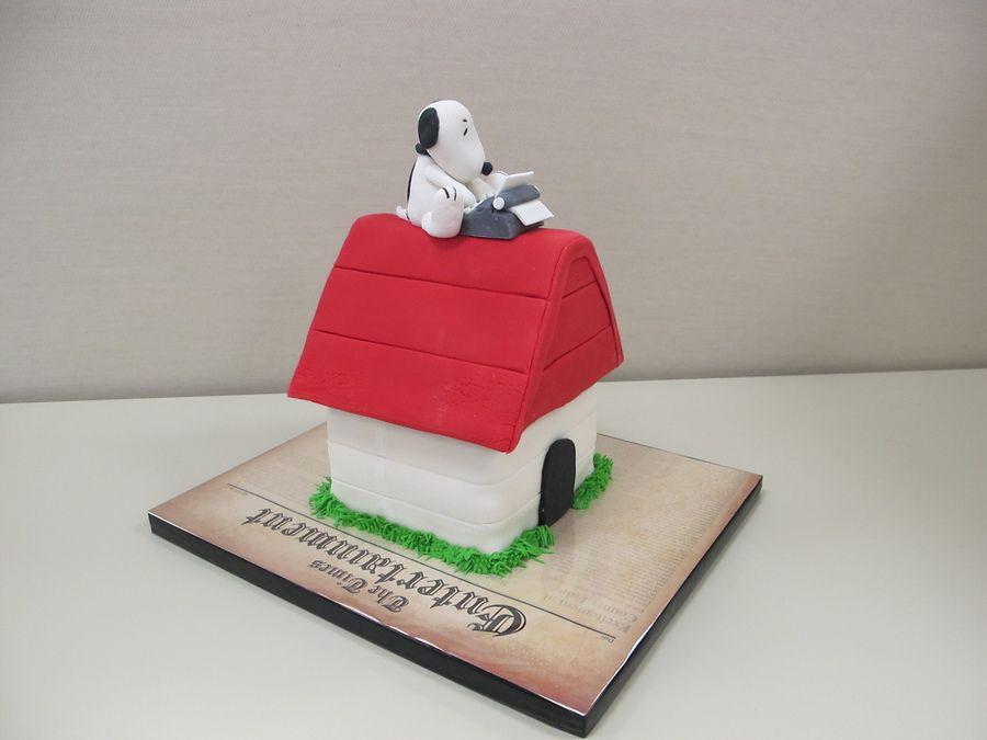 Snoopy cake (With images) | Snoopy cake. Snoopy. Cake decorating