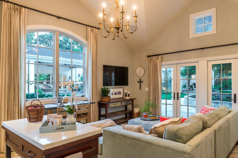 Check out This Amazing 600 Square Feet of Luxury Guest ...