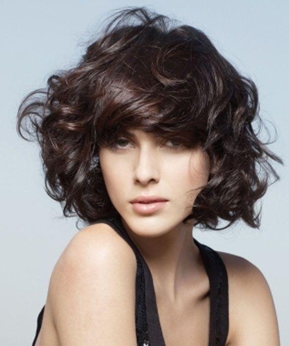 cortes para pelo ondulado y con volumen Buscar con Google HAIR
