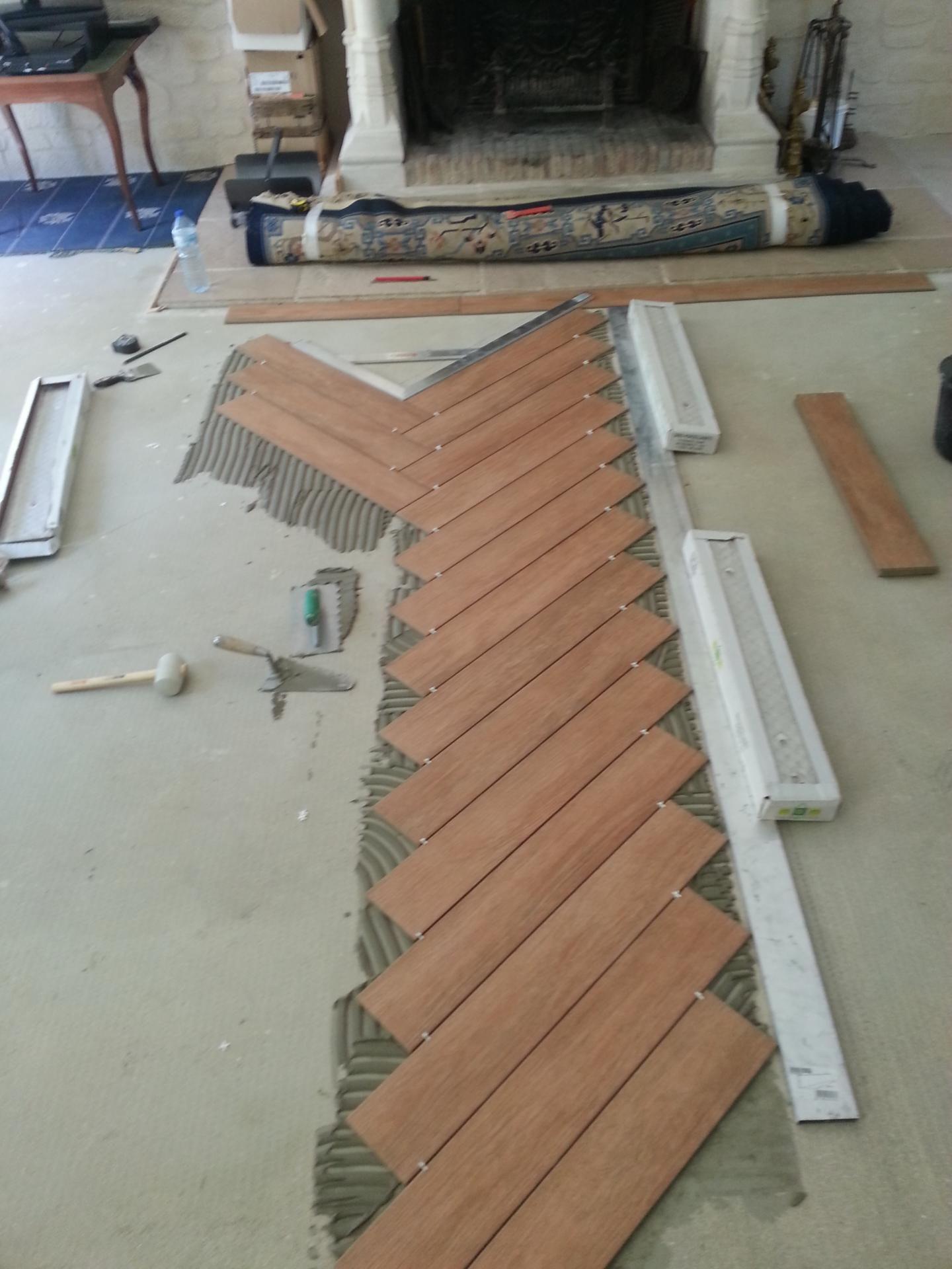 Pose De Carrelage En Chevron Bt Reno Carreleur Oise Patio Flooring Outdoor Patio Designs Rustic Patio