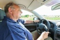 BIVV wil elke tien jaar medische keuring Het Belgisch Instituut voor Verkeersveiligheid (BIVV) stelt voor om chauffeurs elke tien jaar medisch te laten keuren. Dat staat in Het Laatste Nieuws en De Morgen.