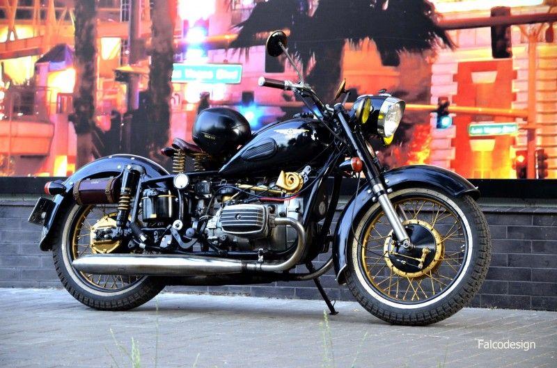 Пин на доске Мотоцикл