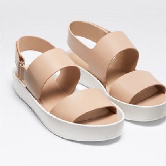 Vince Leather Slingback Sandals cheap fashionable buy cheap perfect auBRPVM5KC