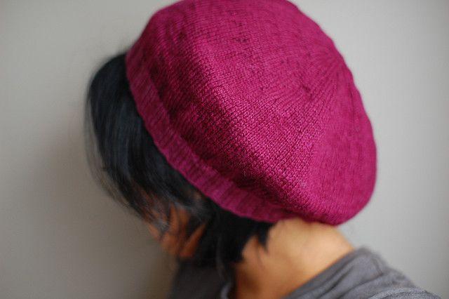 1b1cadc9bc83e lightweight raspberry beret pattern by Laura Chau