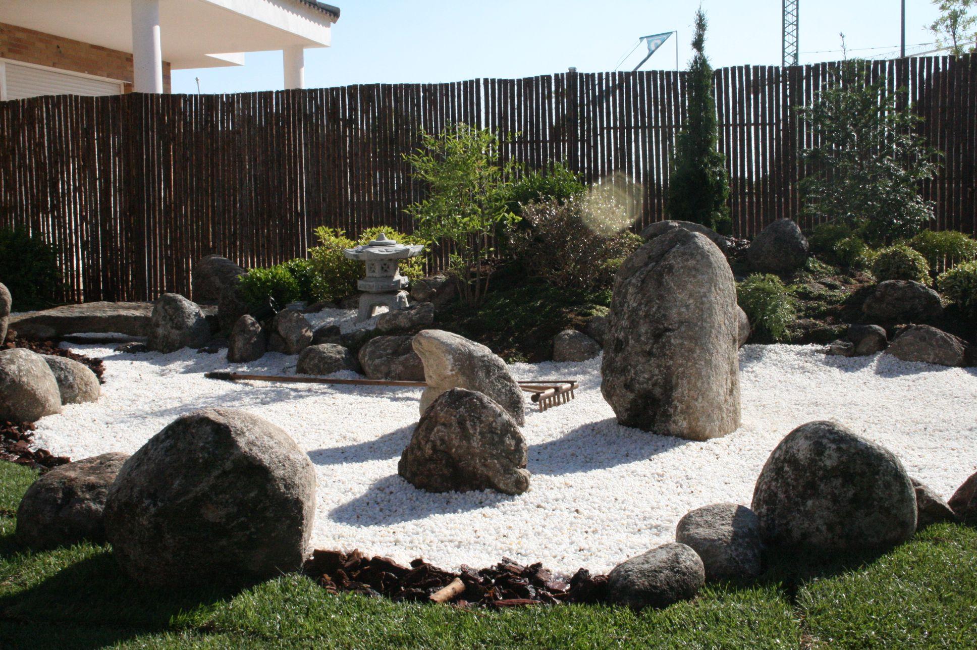 jardin zen en arrroyomolinos madrid jardin japones
