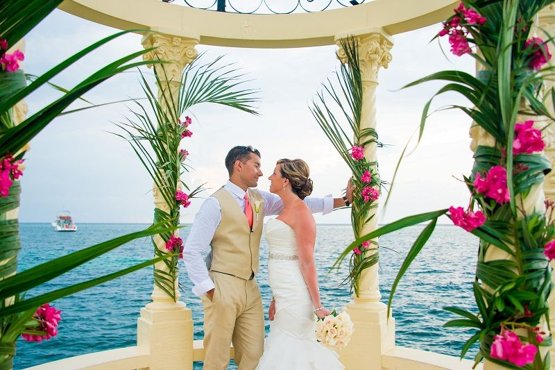 Sandals Real Wedding Sarah And Randall S Dreamy Destination Wedding Sandals Wedding Blog Jamaican Wedding Destination Wedding Jamaica Wedding