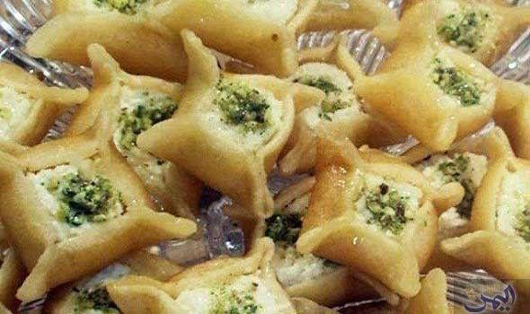 طريقة عمل القطايف بالقشطة Ramadan Desserts Iftar Recipes Food Humor