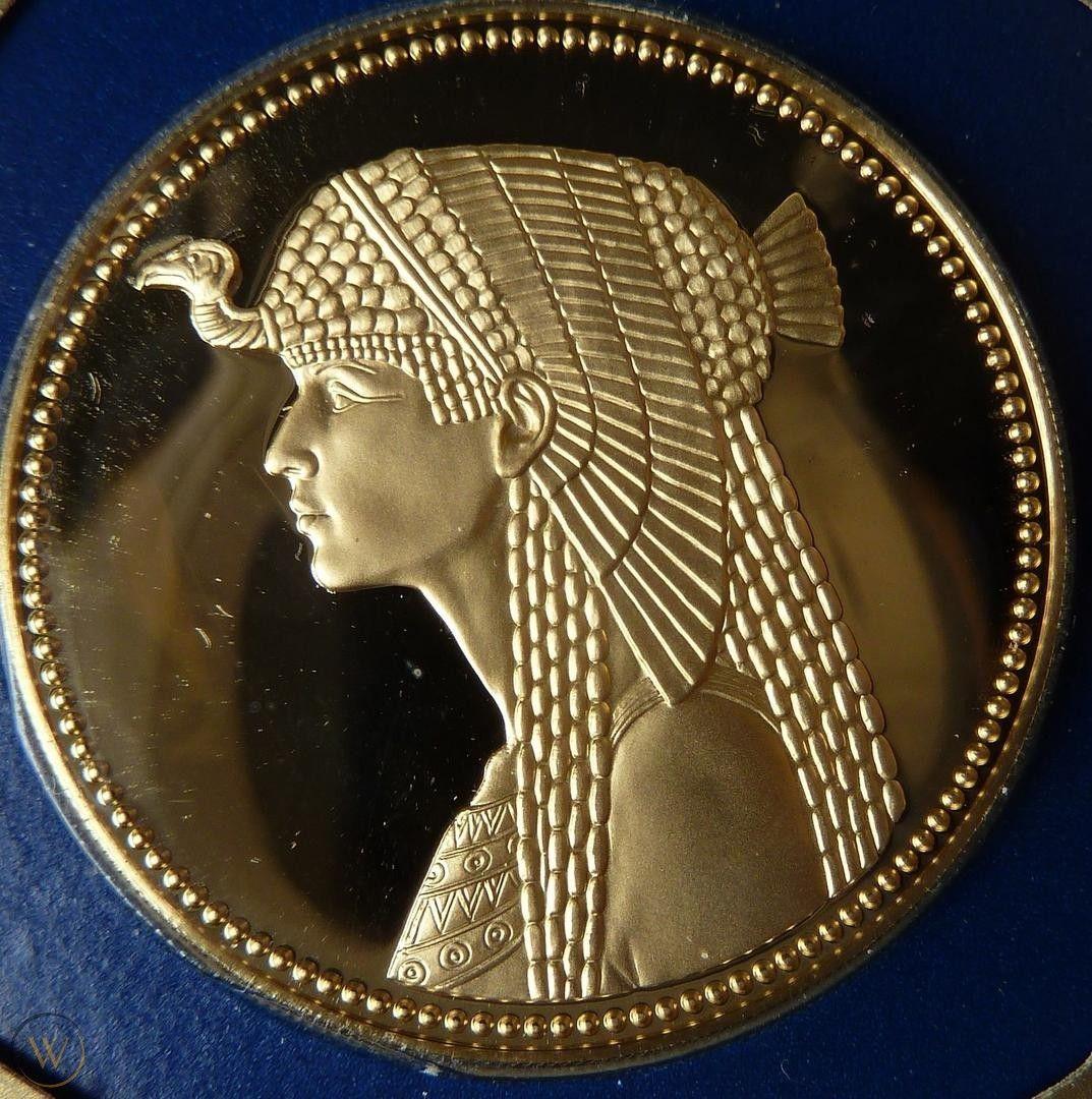 30CM Famous Ancient Egypt Cleopatra Bronze Statue