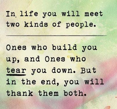 Poster The 2 Kinds Of People You Meet In Life Quote Taolife