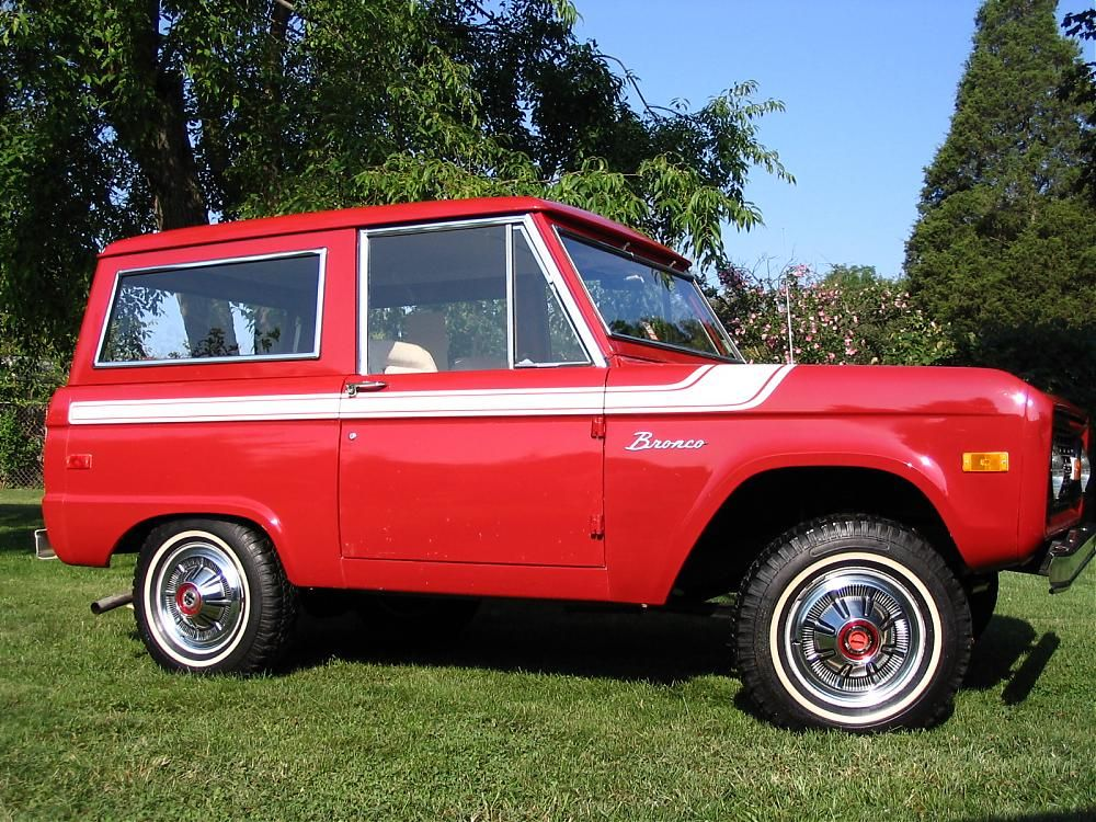 Classic Ford Bronco With Color Matched Hard Top Ford Bronco
