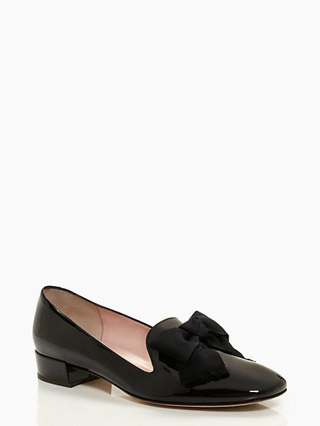 fe64b079f4df Simple   Stylish  Flats are not my preferred shoes but these are too classy  and pretty to pass up! (Gino Flats- Kate Spade)