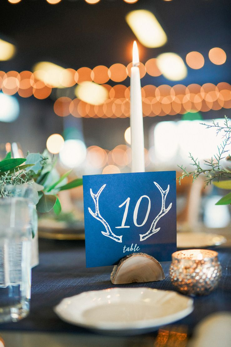 Dark blue wedding table number - Blue and gold rustic wedding table decorations | fabmood.com