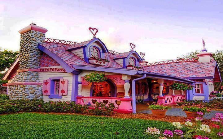 Case strane casette da gioco casa di caramelle e edifici for Case stravaganti