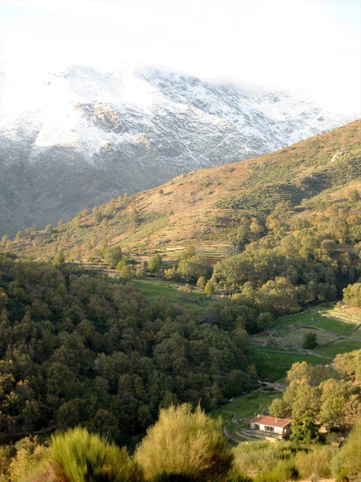 Extremadura norte de c ceres paisajes pinterest for Casas rurales en caceres con piscina