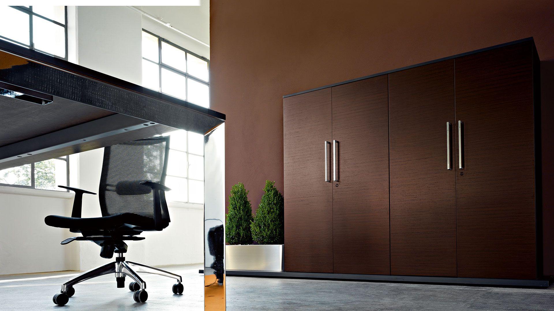 Chefzimmer - Chefbüro - Arbeitszimmer - Schreibtisch CALL ME ...