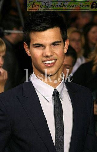 *-* Taylor Lautner