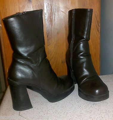 539112d8082b Lei 90 039 s Brown Faux Leather Boots Ladies 7 Chunky High Heel