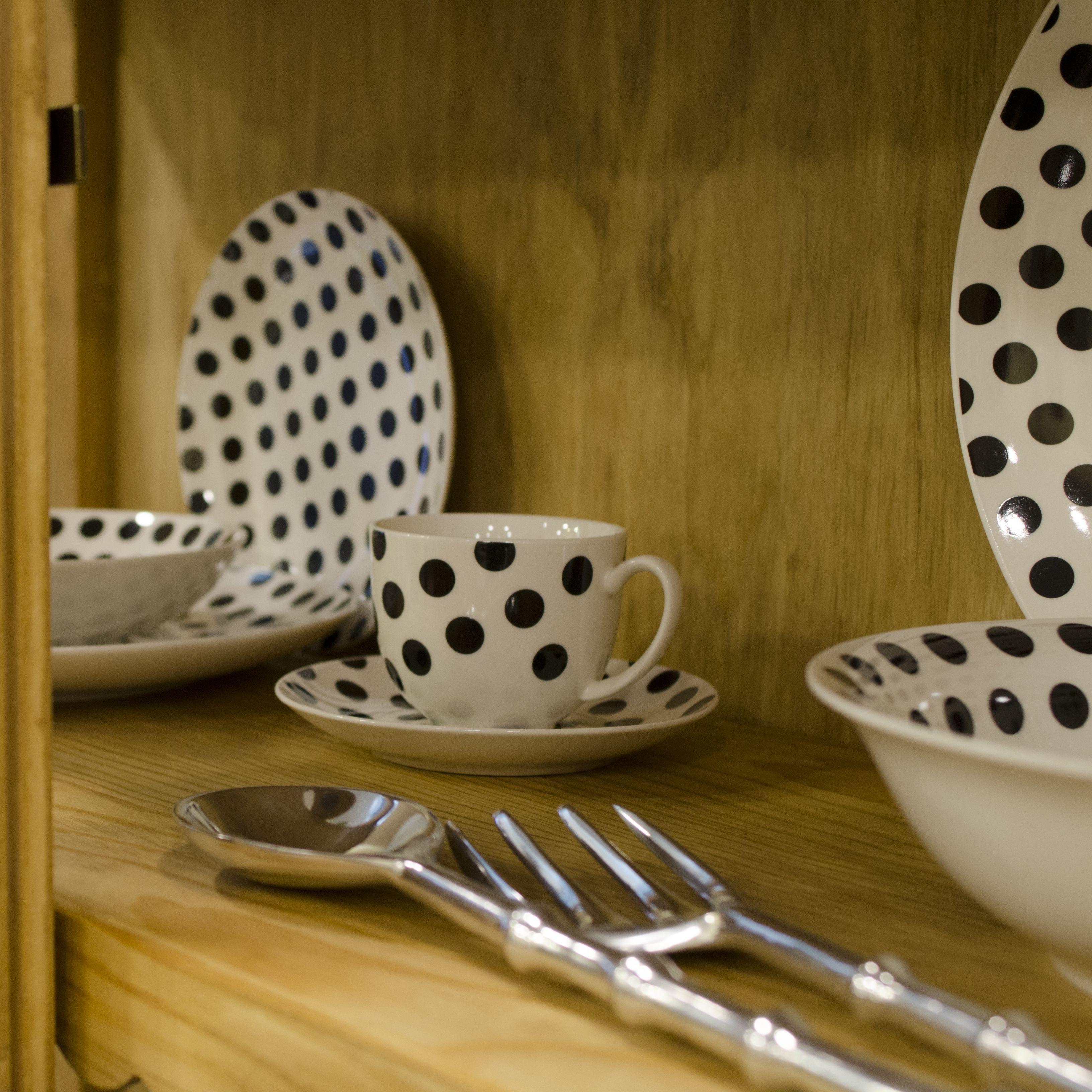 Vajilla De Lunares Y Ol My Interiorismo Muebles Y Objetos  # Muebles Para Buardillas