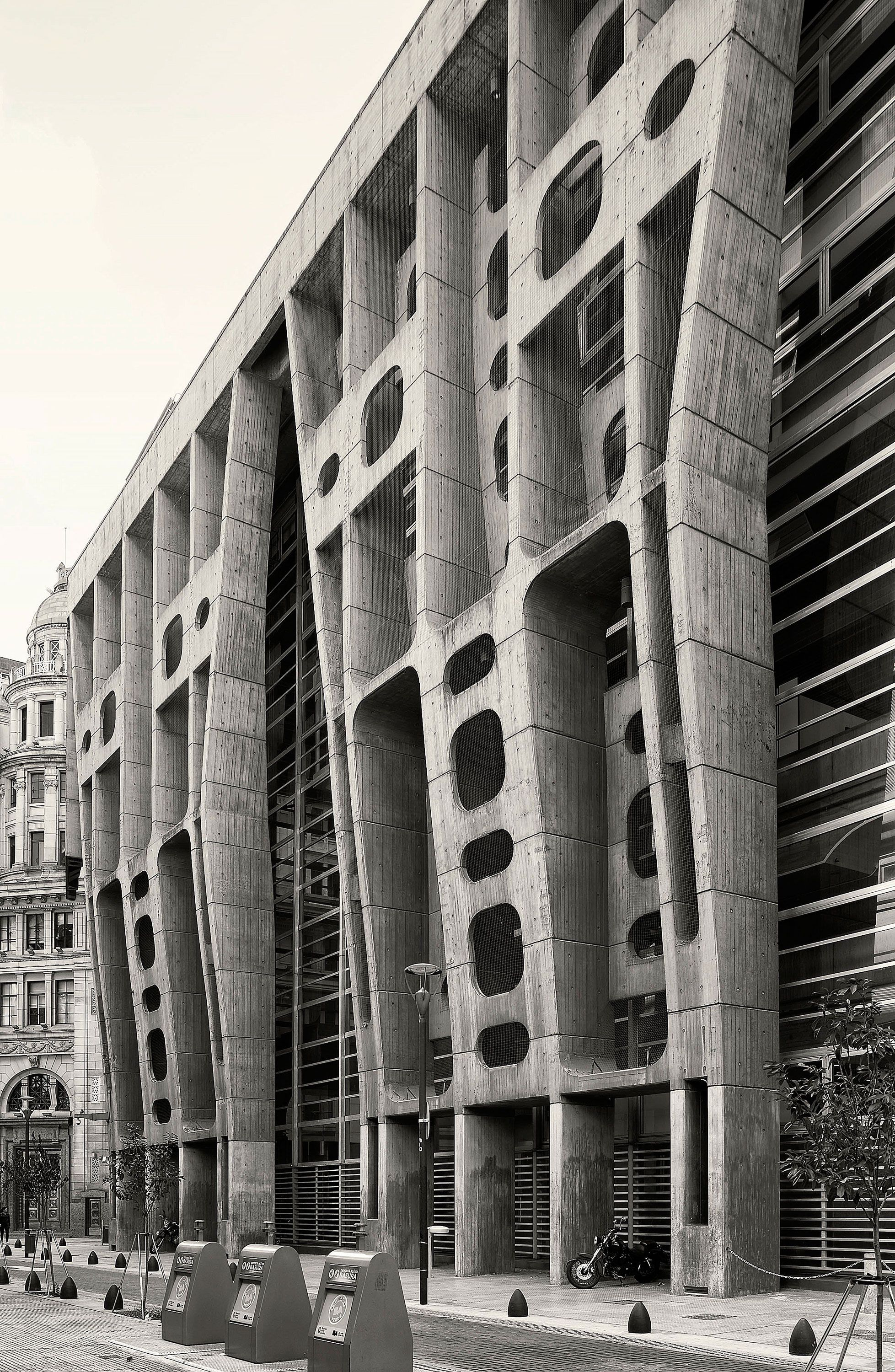Clorindo Testa The Bank Of London And South America Architecture