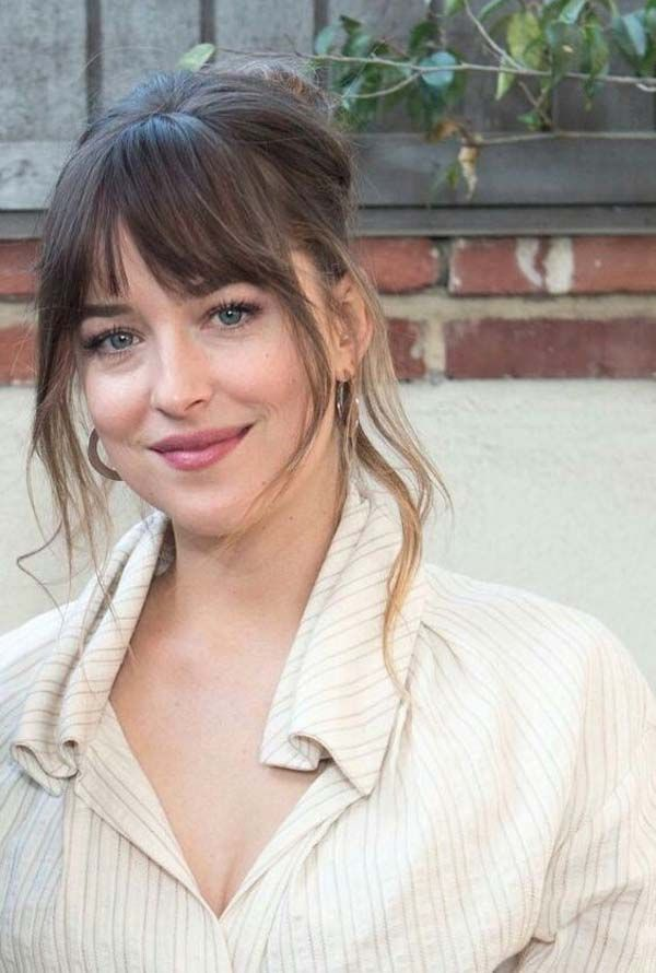 5 Best Bangs Hairstyles For Round Faces Bangs Hairstyles Dakota Johnson Hair Bangs For Round Face Hair Styles