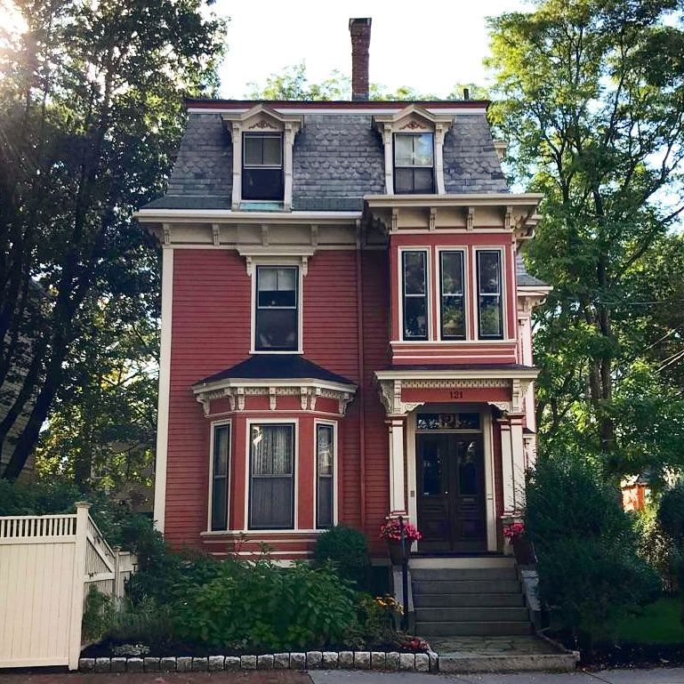 Wake Up And Smell The Rose Colored Victorian House Victorian Homes Victorian Homes Exterior Victorian House Colors