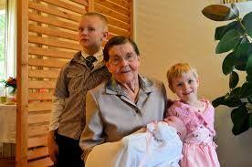 Kuvahaun tulos haulle mummu