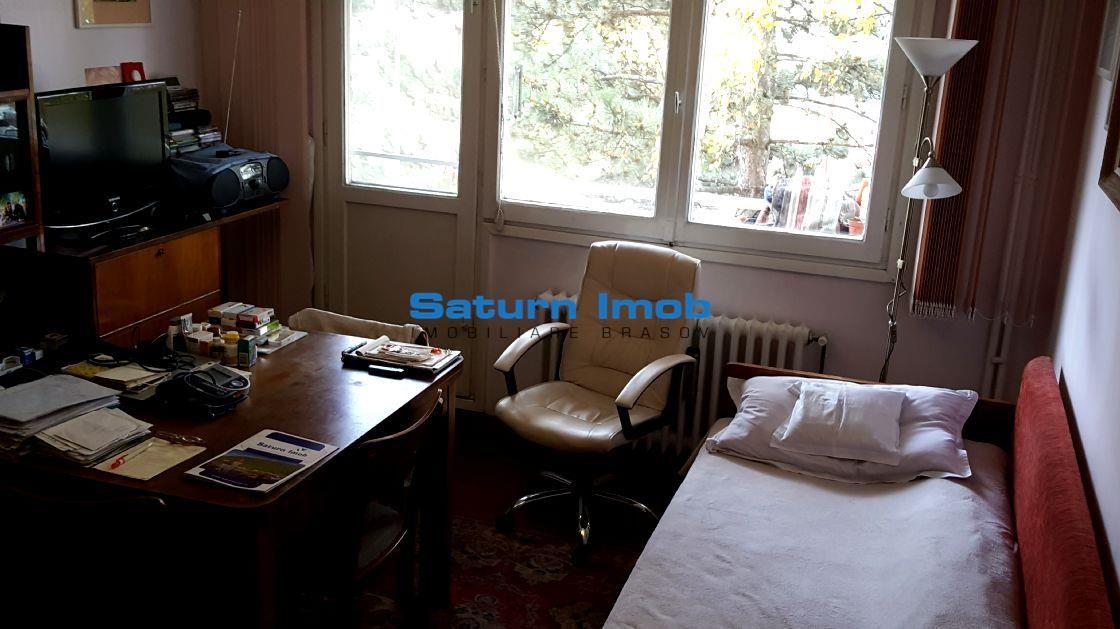 Vanzare apartament 2 camere 50 mp Zona Garii