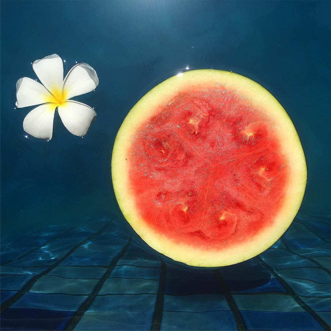 Du suchst einen frischen Snack? Bei diesem sommerfrischen Bild von @wandabadwal läuft uns doch glatt das Melonen-Wasser im Mund zusammen! #lecker #Sommer #Snack