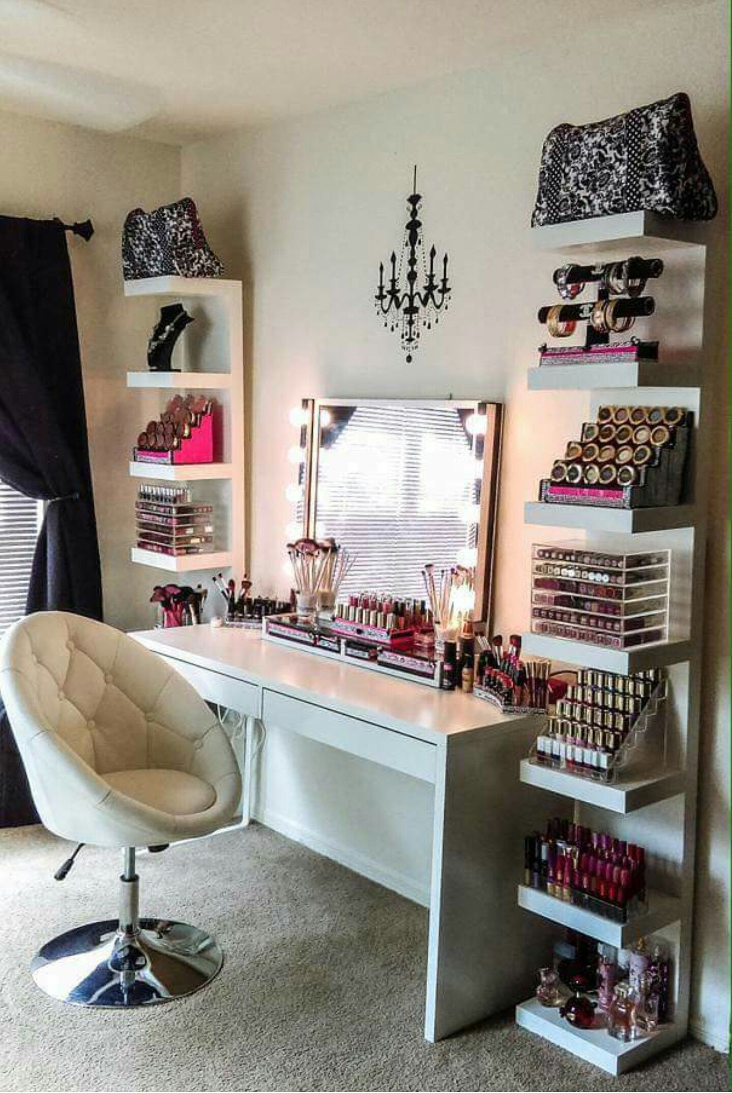 Vanity table bedroom ideas pinterest vanity tables vanities