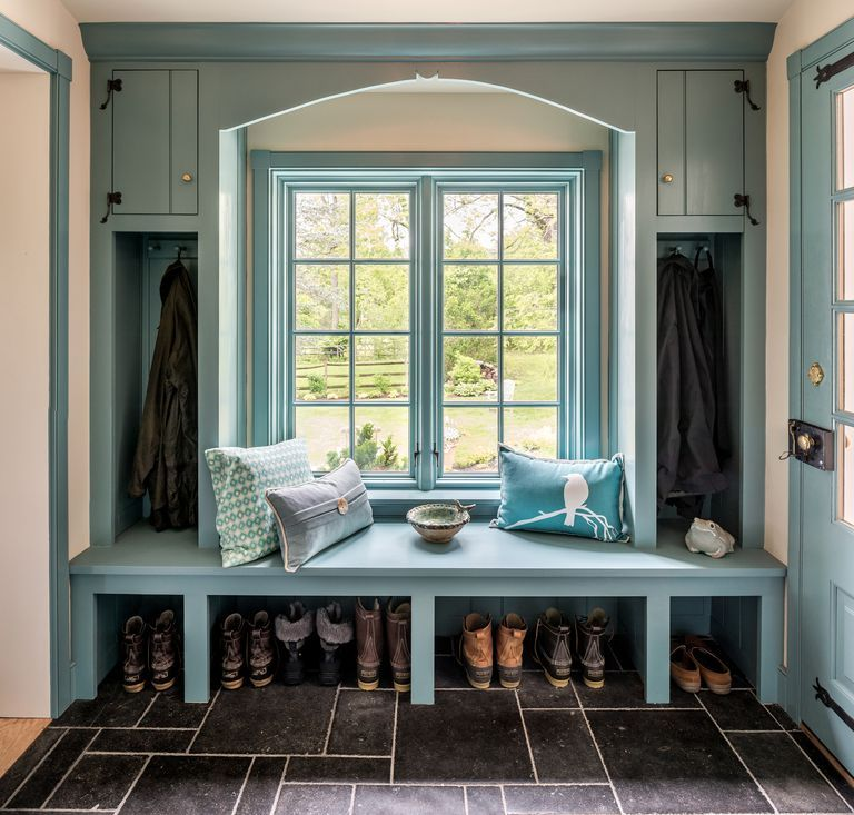 Small Room Addition Ideas: 27 Stylish Mudrooms And Entries