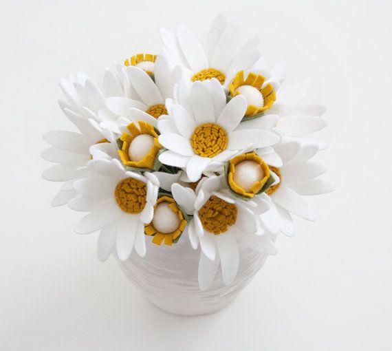 Felt Daisy Table Bouquet - Flowers for the Home