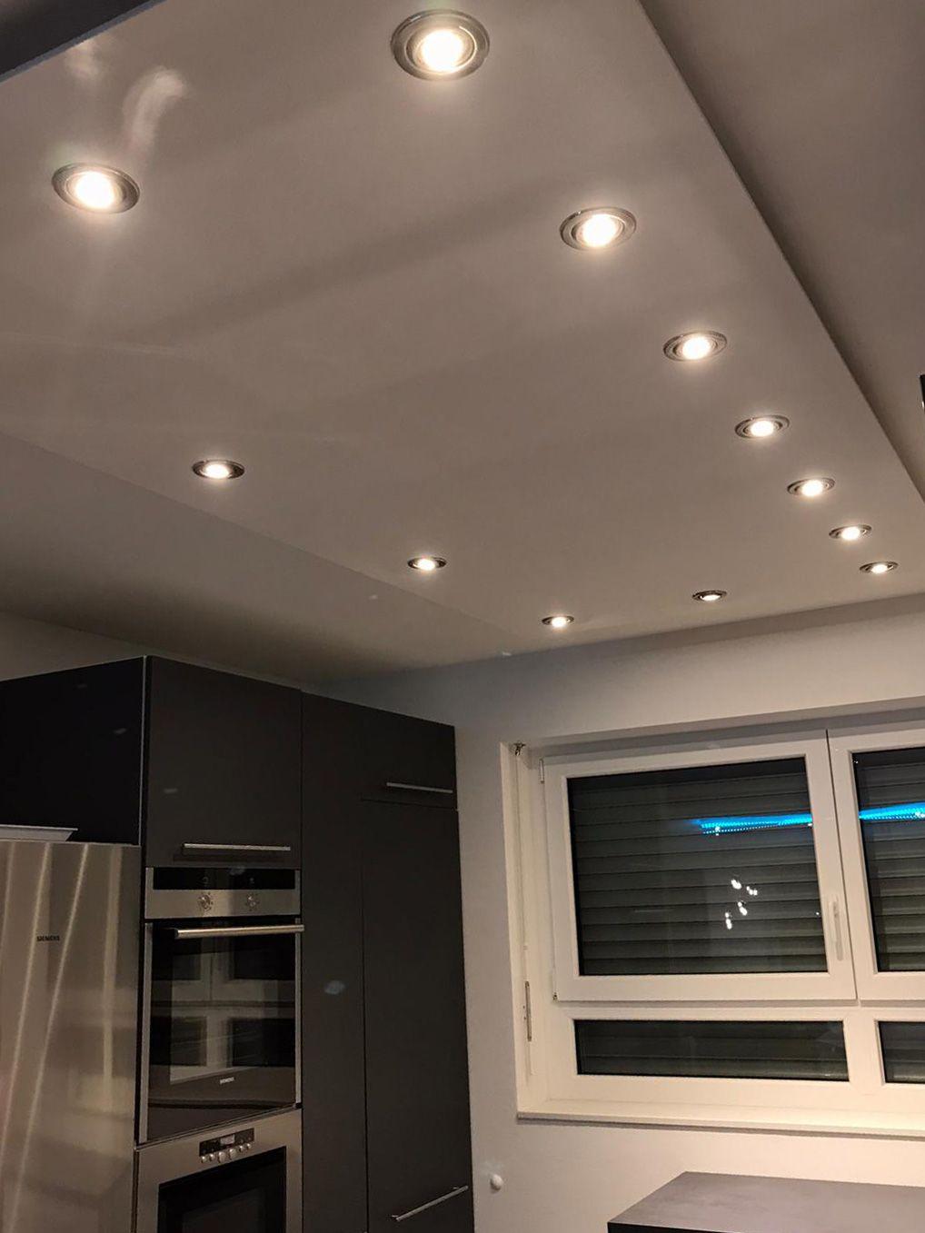 Deckensegel Abgehangte Decke Mit Indirekter Beleuchtung In 2020 Beleuchtung Beleuchtung Decke Beleuchtungsideen