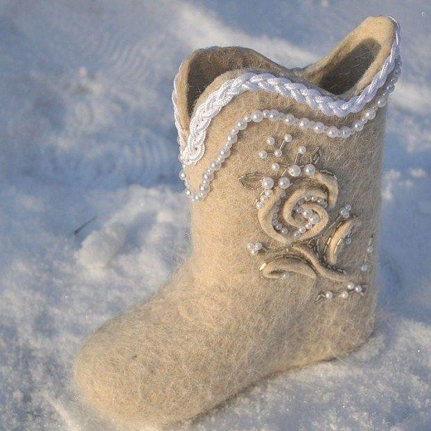Winter winter ideas for brides. Like it?