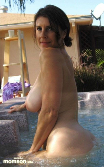 outside nude mom stretching