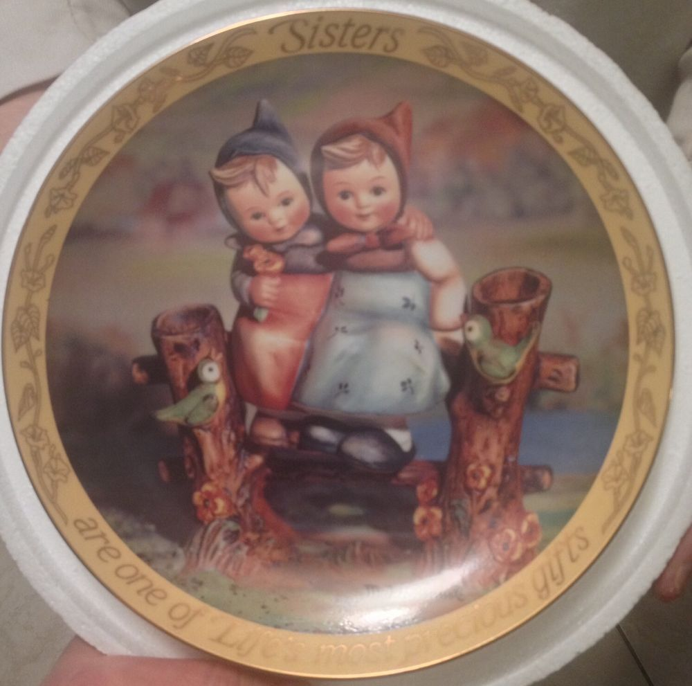 "NIB Hummel Collectible Decorative Plate ""Sisters"" Limited"