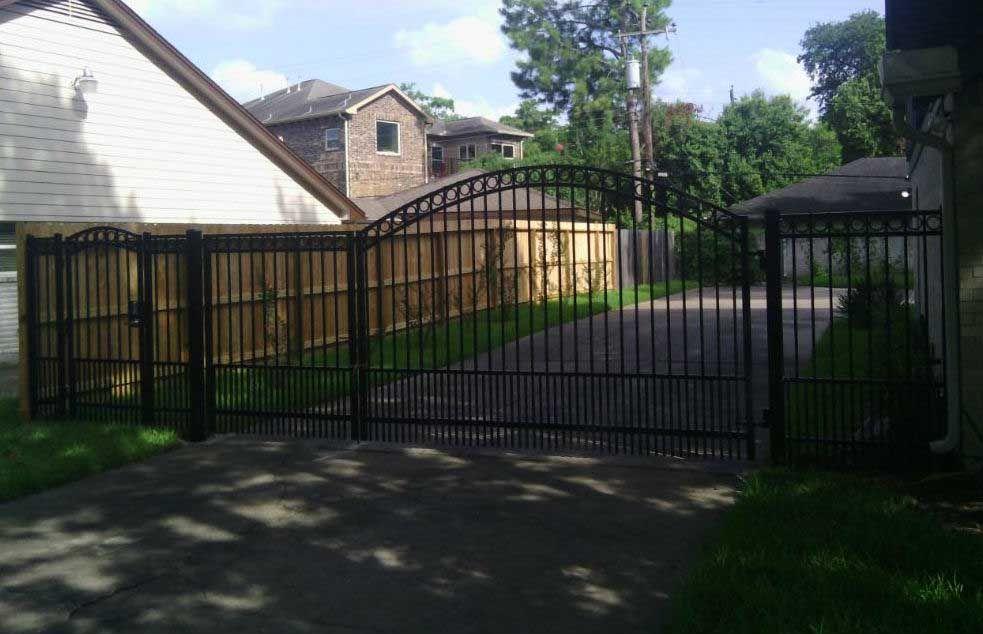 Liftmaster Iron Swing Gate Gate Liftmaster Driveway Gate