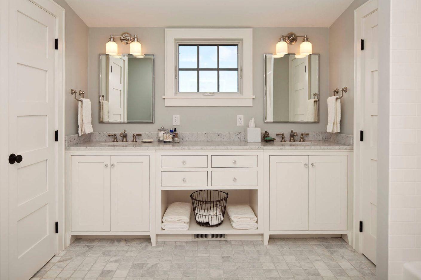 Jack And Jill Bathroom Interior Design Ideas Creamy White Color Scheme And The Monolith Vanity Jack And Jill Bathroom Bathroom Interior Design Bathroom Design
