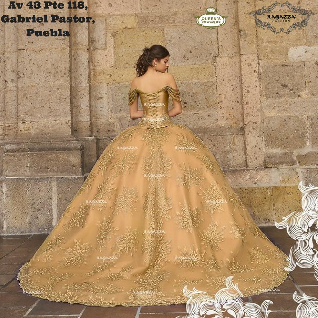 896b0d1996 vestido dorado XV años ragazza en Puebla