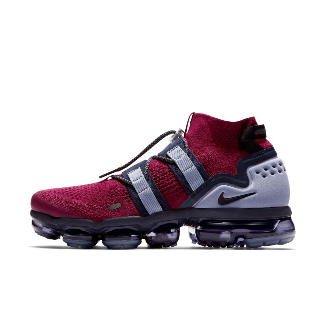buy online 117aa 79d10 Nike Air VaporMax Flyknit Utility Shoe Size 11 (Team Red)