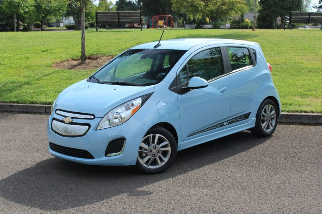 Review of Chevrolet Spark EV Hatchback Chevrolet spark