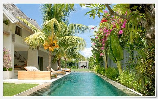 Bali villa Casa Mateo for rent with 5 large bedroom suites and a large private swimming pool.