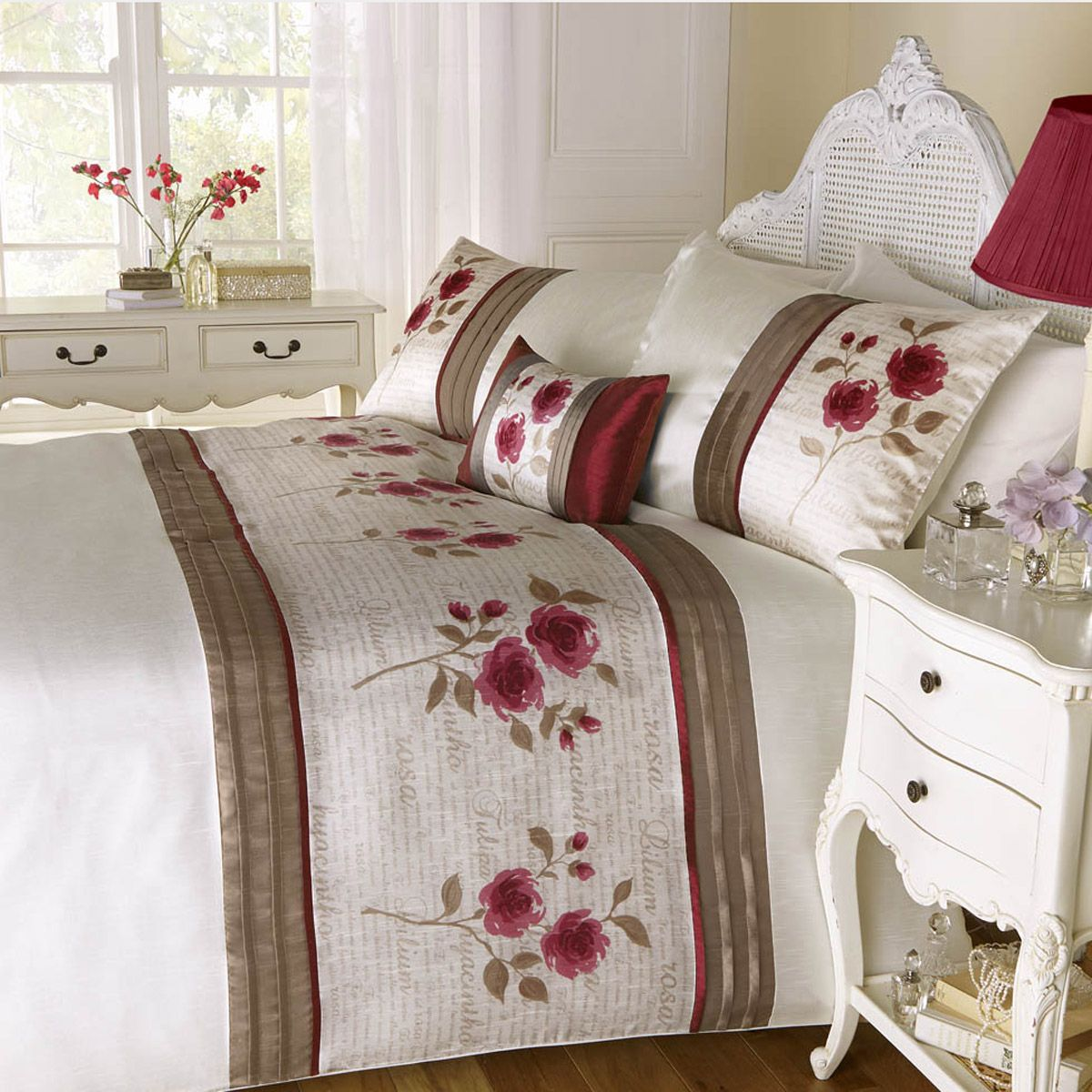 Luxury Rose Bouquet Floral Embroidered Duvet Cover Sets