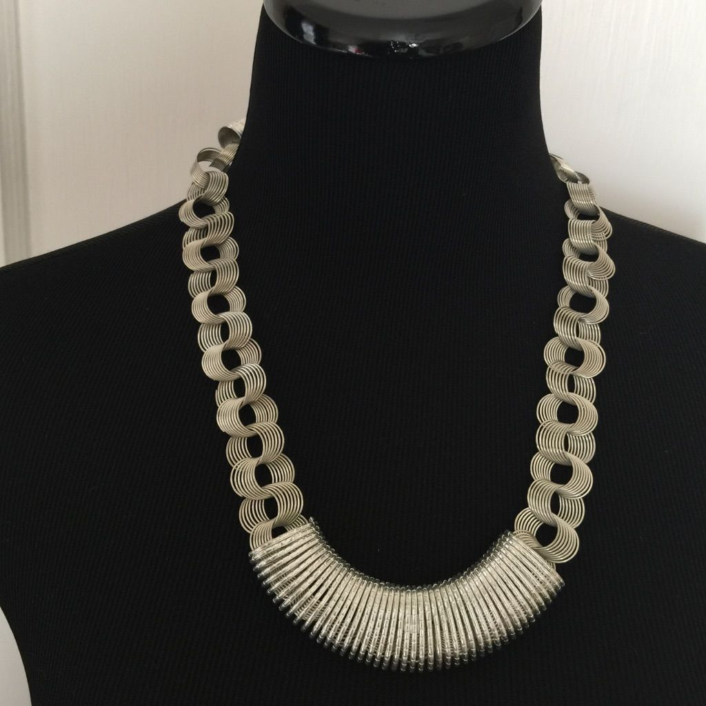 Metal Work Necklace Set.