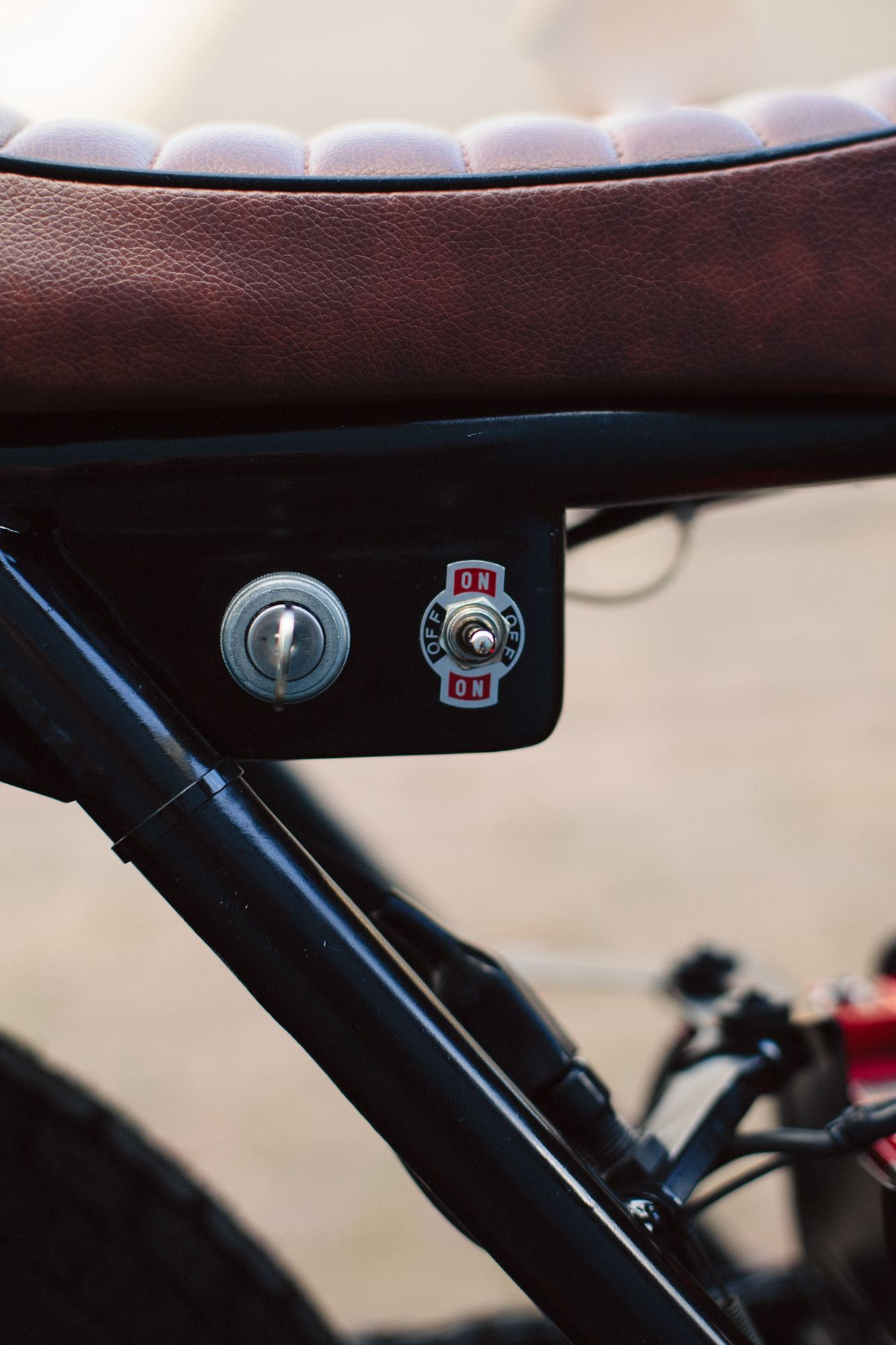 Headlight Switch And Starter Photography By Www Marijevanderleeuw Com Cafe Racer Parts Cafe Racer Moto Cafe Racer