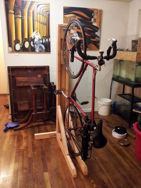 Vertical Bike Rack From 2x4s Single Bike Vertical Bike Rack Vertical Bike Bike Rack