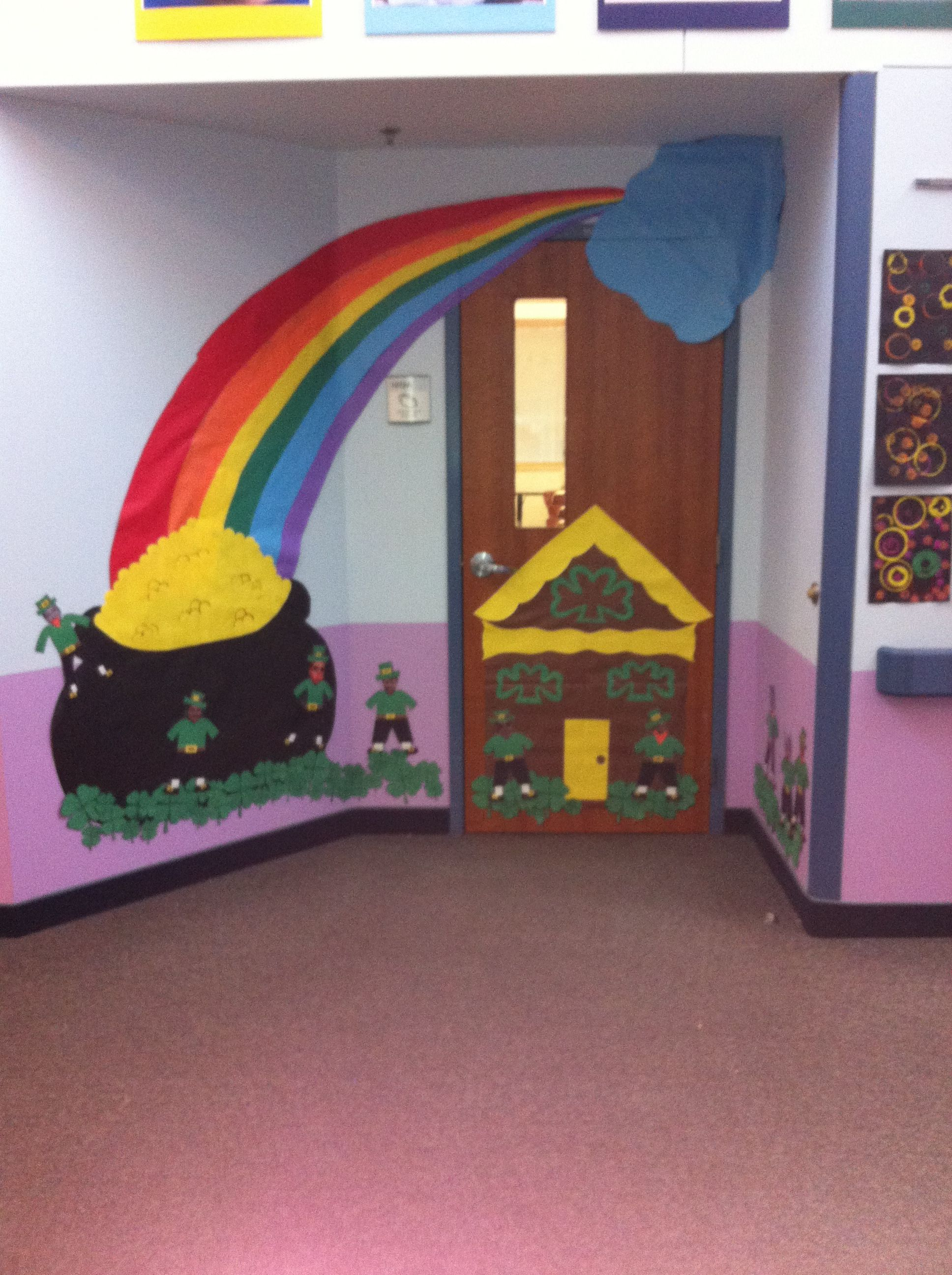 Creative Classroom Decoration Ideas ~ St patrick s day classroom door decorations freehanded