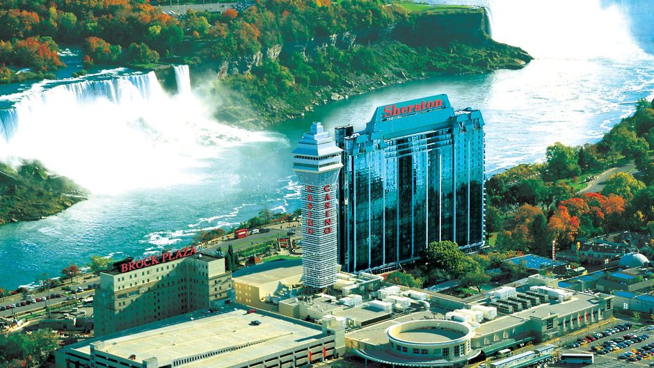 Sheraton On The Falls Best Hotels Near Niagara With View Http