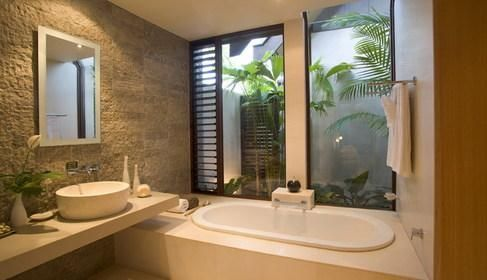 resort style bathroom with outdoor garden very cool for the rh pinterest com resort style bathroom design